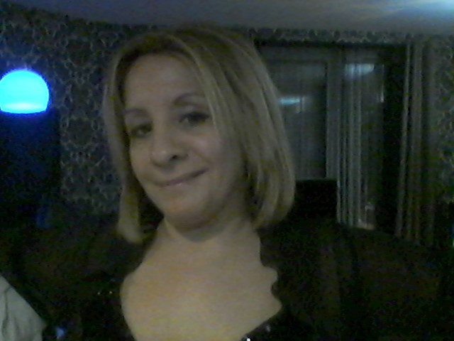 Webcam model sarah66 from XCams