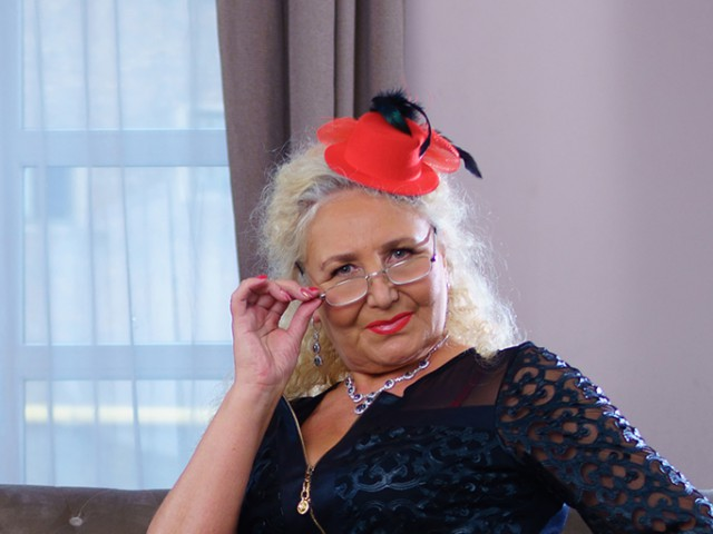 Sexcam avec 'grannyneeds'