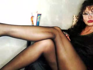Ladyinred - sexcam