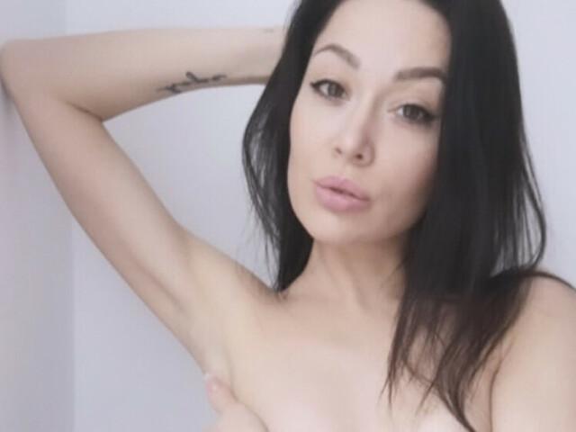 Visit TatianaWild her profile