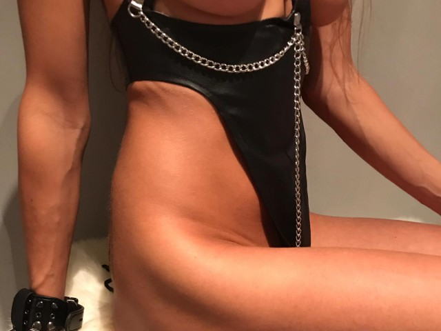 Webcam model LuciaLicious from XCams