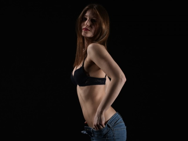 Webcam model toietmoi from XCams
