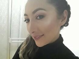 Sexy webcam show met MOMIDIRTY