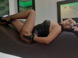 LucyNaugthy - Sexcam
