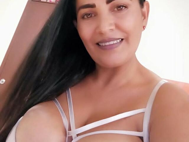 Webcam model enma from XCams