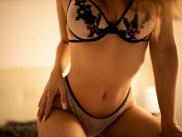 ANNARESTREPO free sexy photo