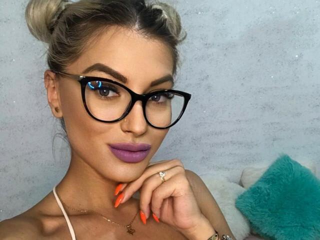 Sexy webcam show met valeryhuston