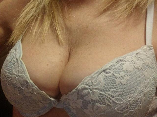 Azur35 - sexcam