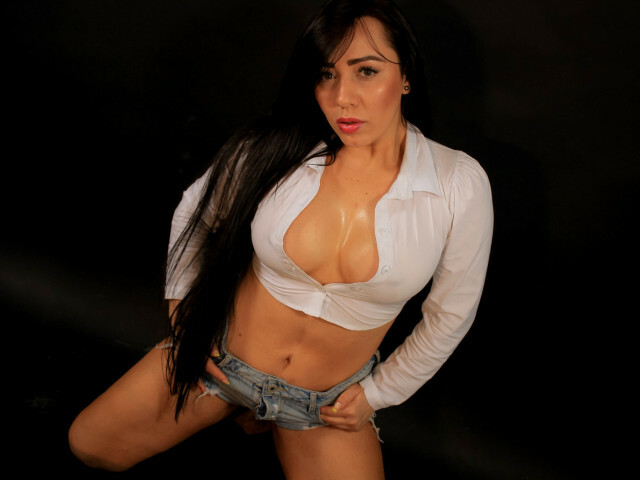Webcam model ApoloniaKry from XCams