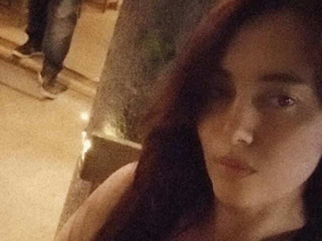 Oliviawhitee - sexcam