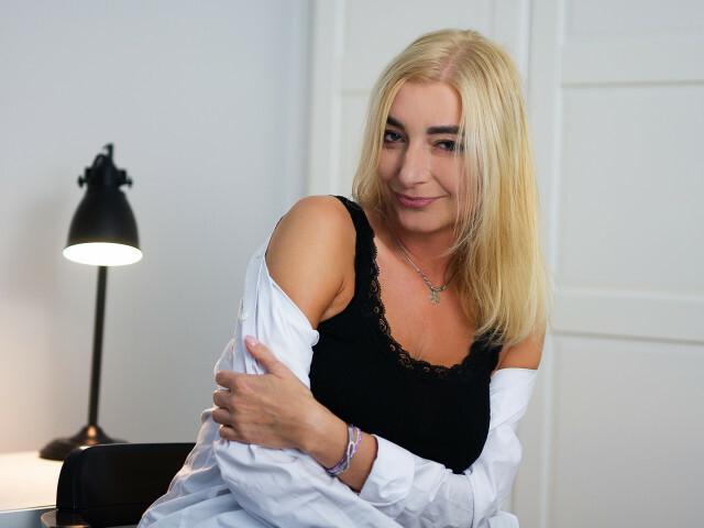 Susannee - sexcam
