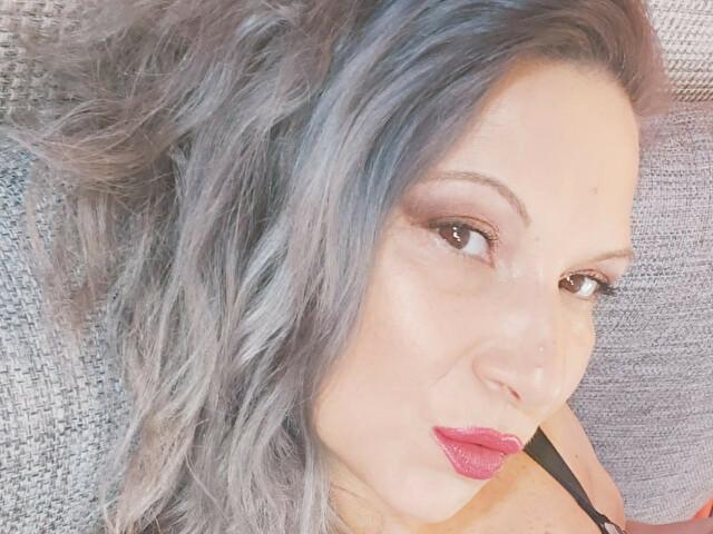 Webcam Sex model lisabigtits