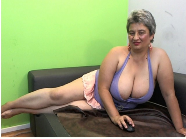 Webcam model Galiya from XCams