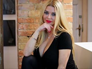 Blondesuri - sexcam