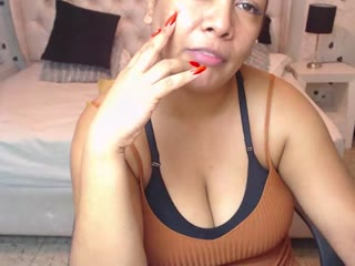 SOPHIANEK live cam snapshot