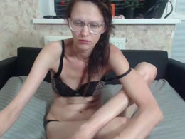 Olivia118 is now online
