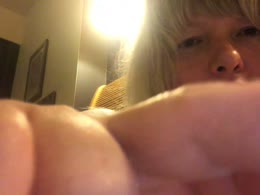 Sexy webcam show met BlondDesires