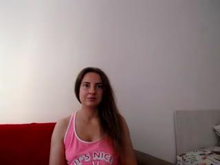 KATYDIAZ live cam snapshot