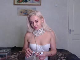 Sex chat or have hot webcam sex with IreneAdler