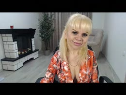 xCams ThumbelinaH chat