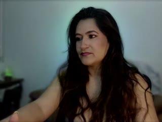 DEESSELUXURE live cam snapshot