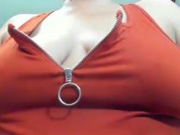 JulietaDelux is now online