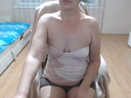xxMilfxx is now online