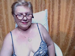 You want online sex with Sexylynette (woman)? Click on this horny picture to have sex with Sexylynette (56 year)