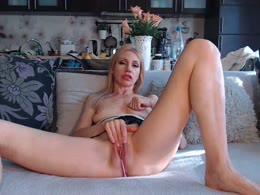 Lanapussycat: wife sucking, massage, bareback sex