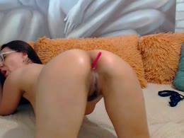 JanetteKitty is now online