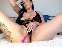 Sexy webcam show met LinseySquirt