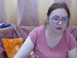 You want online sex with Ginnamature (woman)? Click on this horny picture to have sex with Ginnamature (39 year)