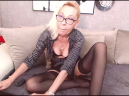 Ladyanais: sexy pussy, uncut cocks, french